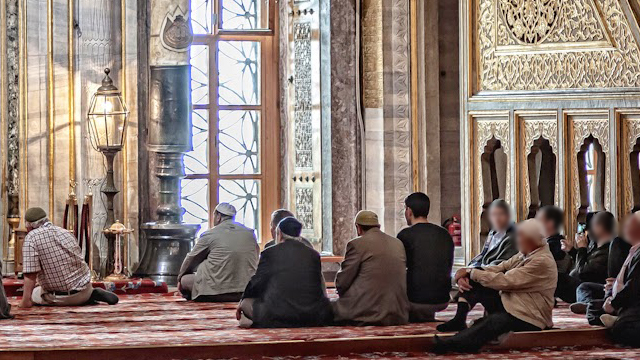 being-at-the-service-of-the-muslims