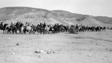 four-thousand-men-on-horseback-welcomed-him