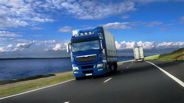 long-distance-truck-drivers