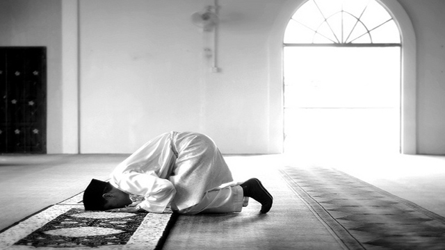 praying-the-obligatory-prayer-before-its-appointed-time