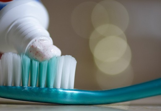 regarding-using-toothpaste-whilst-fasting