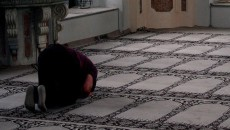 sufyaan-thowrees-prostration